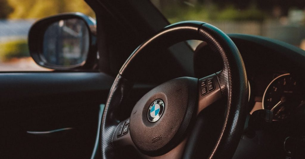Do you wanna sell your BMW 328 for top cash?
